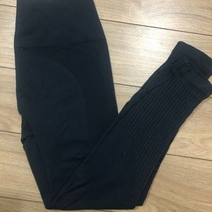 Lululemon Flow & Go Tight in Size 6